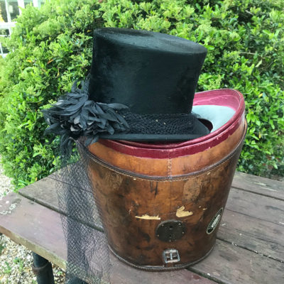 Ladies Riding Hat with Veil in Fitted Leather Hatbox